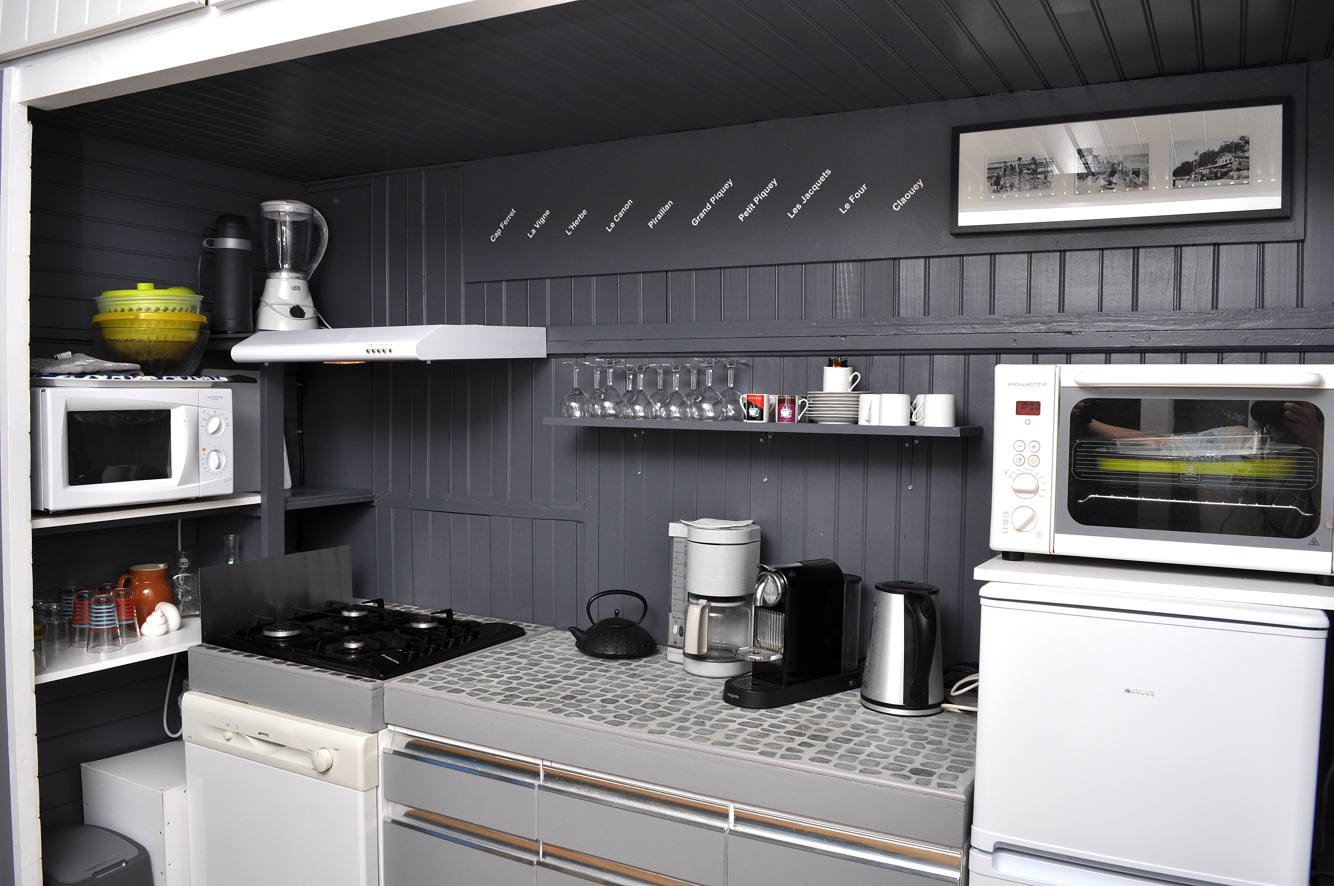 Peindre meuble en formica awesome idee peinture meuble - Relooker cuisine formica ...